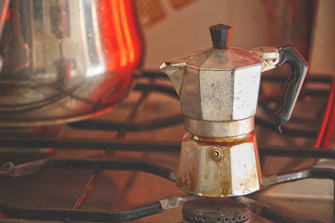 Moka Vs macchina da caffè: quale fa il caffè espresso migliore?